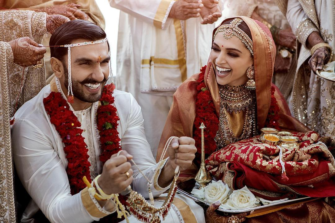 दीपिका पादुकोण – रणवीर सिंह की शाही शादी की सबसे पहली तस्वीरें, सात समंदर पार एक दूजे के हुए दीपवीर