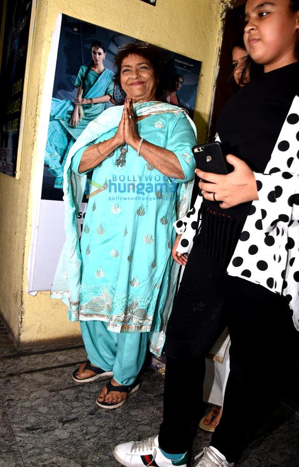 आलिया भट्ट, करण जौहर, वरुण धवन और अन्य ने 'कलंक' की विशेष स्क्रीनिंग की शोभा बढ़ाई