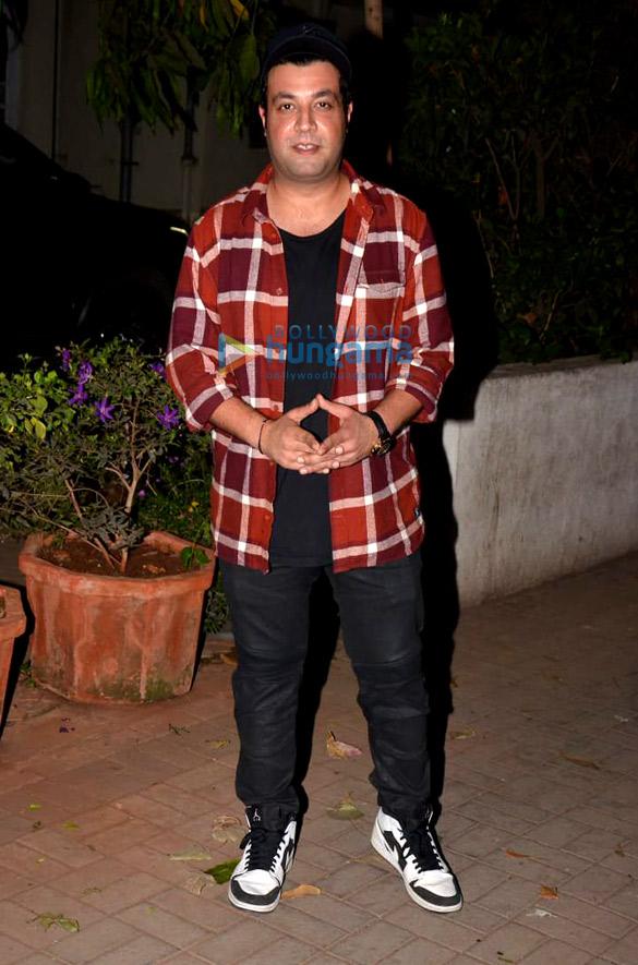 राजकुमार राव, दिनेश विजान और वरुण शर्मा मैडॉक फिल्म्स के ऑफिस में नजर आए