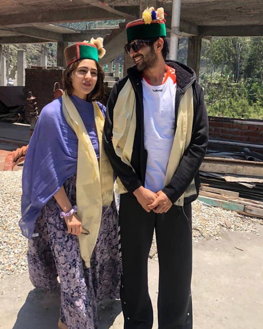 Love Aaj Kal 2: सारा अली खान और कार्तिक आर्यन हिमाचल की हसीन वादियों में शूटिंग के बाद एक दूसरे के साथ बिता रहे हैं कॉजी पल