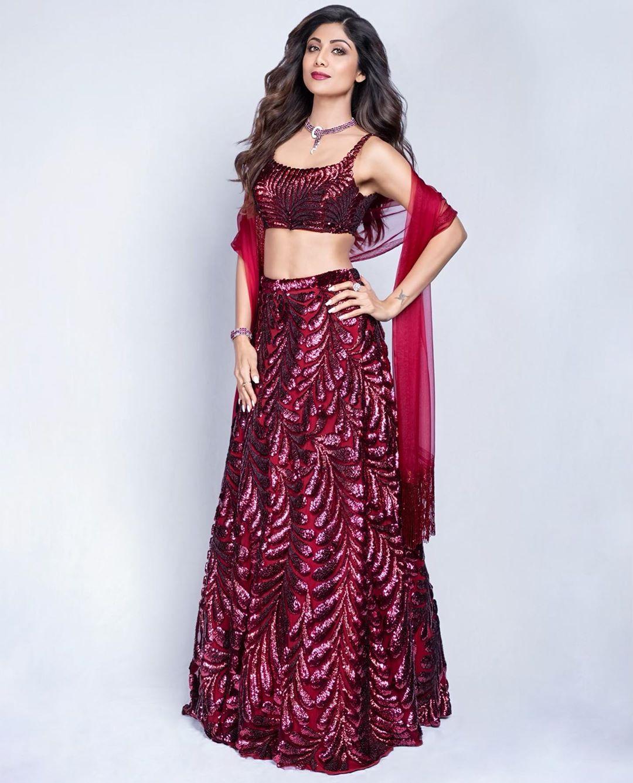 शिल्पा शेट्टी एक बार फ़िर 'दिल लूटने' के लिए बॉलीवुड में कर रही हैं कमबैक