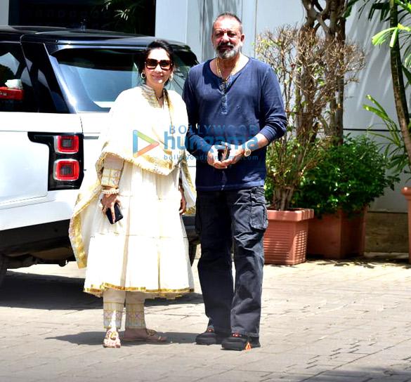 Photos: दिल्ली में अपनी फ़िल्म प्रस्थानम के प्रमोशन के लिए जाते हुए नजर आई फ़िल्म की टीम