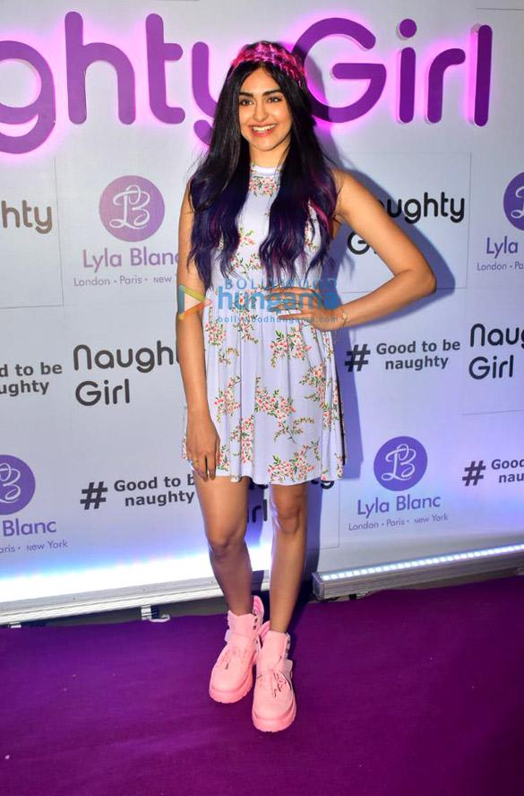 Photos: अदा शर्मा ने 'Naughty Girl' परफ़्यूम के लॉंच की शोभा बढ़ाई