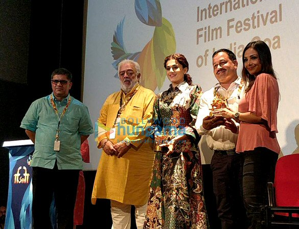 Photos: तापसी पन्नू 50वें IFFI समारोह में नजर आईं