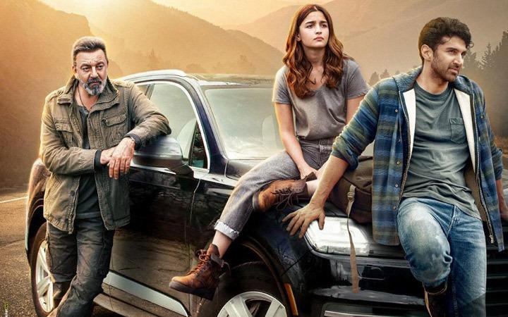 Sadak 2 Movie Review: हर मोर्चे पर निराश करती है महेश भट्ट की फ़िल्म सड़क 2