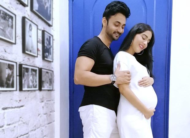 9वें महीने के साथ बेबी बंप फ़्लॉन्ट करते हुए अमृता राव ने शेयर की गुड न्यूज, कहा- 'जल्द आने वाला है बेबी'