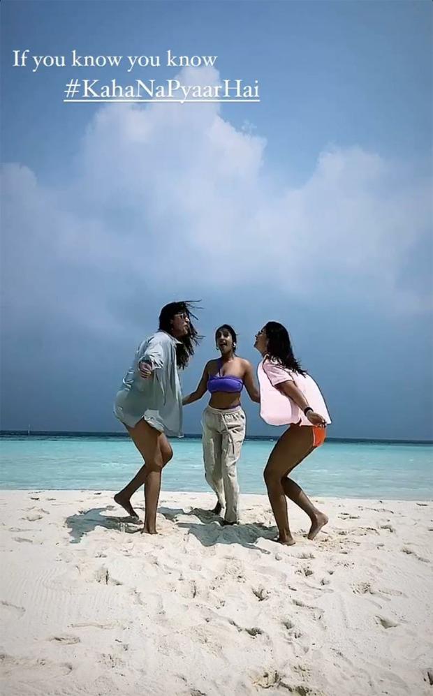 Alia-Bhatt-is-a-beach-babe-in-neon-pink-bikini-in-Maldives-with-her-BFFs-1