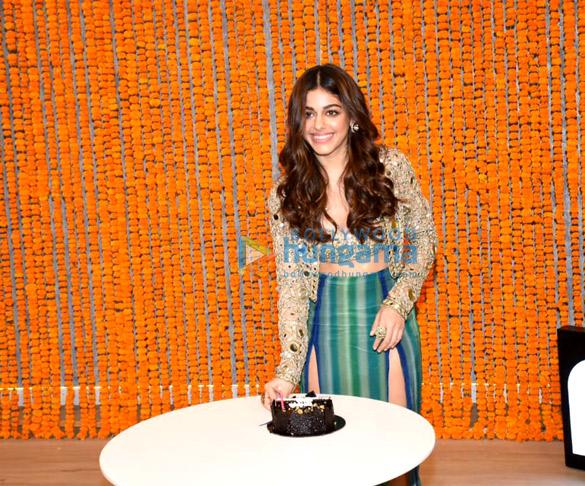 Photos: अलाया एफ़  'Aaj Sajeya' सॉन्ग लॉन्च में नजर आईं