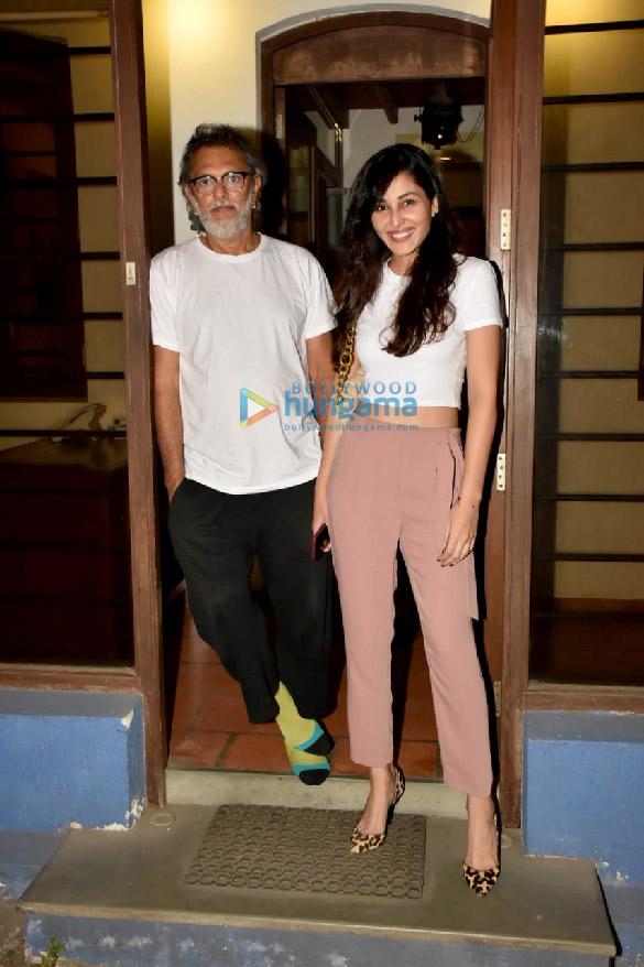 Photos: पूजा चोपड़ा बांद्रा में राकेश ओमप्रकाश मेहरा के ऑफ़िस पहुंची