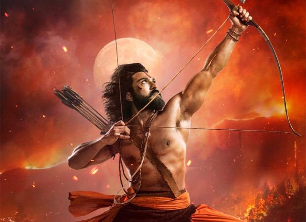 RRR: एसएस राजामौली ने रिलीज किया अल्लूरी सीता रामाराजू की भूमिका में राम चरण का फ़र्स्ट लुक पोस्टर, 10 भाषाओं में रिलीज होगी फ़िल्म