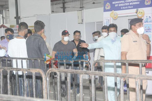 राधे: योर मोस्ट वांटेड भाई की रिलीज के बाद सलमान खान ने ईद के मौके पर ली कोरोना वैक्सीन की दूसरी डोज