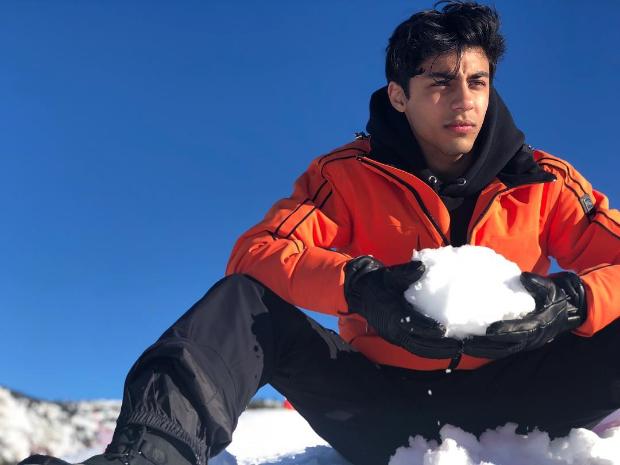 शाहरुख खान के बेटे आर्यन खान बॉलीवुड में आने के लिए हुए तैयार, फिल्ममेकिंग में कंप्लीट की ग्रेजुएशन