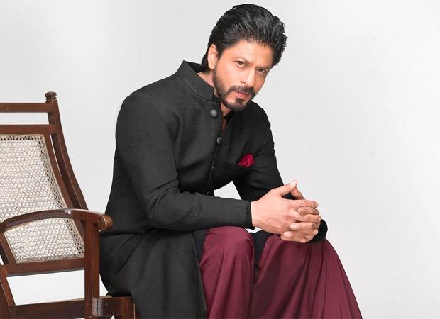 शाहरुख खान यशराज फ़िल्म स्टूडियो में शूट कर रहे हैं पठान के अहम हिस्से, एक्शन सीक्वंस शूट करने के लिए जाएंगे विदेश