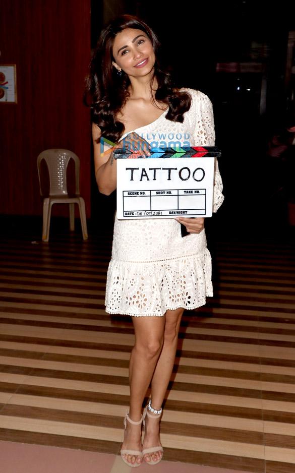 Photos: सितारों ने फिल्म मिस्ट्री ऑफ टैटू के मुहूर्त शूट की शोभा बढ़ाई