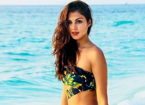 रिया चक्रवर्ती के लिए फ़िल्म प्लान कर रहे रूमी जाफ़री ने कहा- 'रिया ने अपने साथ जो भी हुआ उसे स्वीकार कर खुद को आगे बढ़ा लिया है'