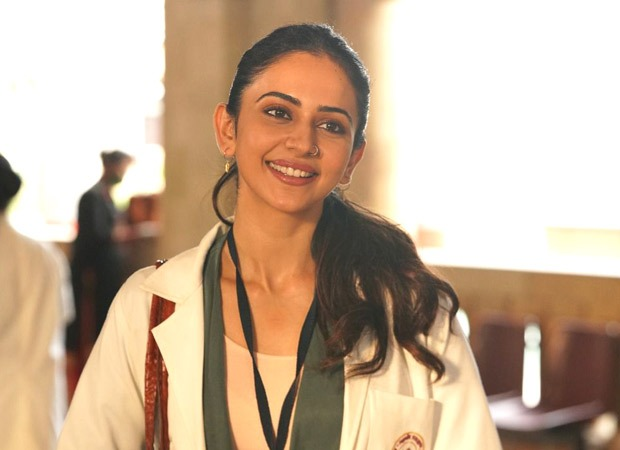आयुष्मान खुराना स्टारर डॉक्टर जी के लिए रकुल प्रीत सिंह ने लिया था मेडिकल क्लास में एडमिशन ; फ़र्स्ट लुक रिलीज