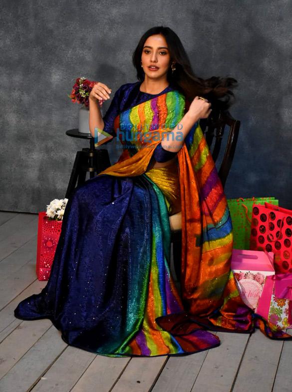 Photos: नेहा शर्मा मुंबई में एक कैंपेन शूट करती हुईं